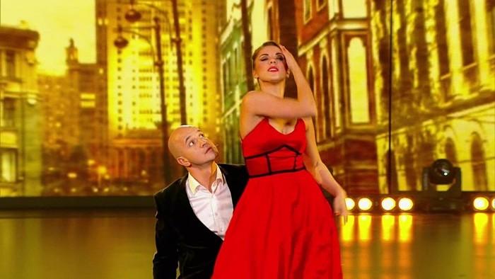 юлиана бухольц и егор дружинин конфликт танцы на тнт